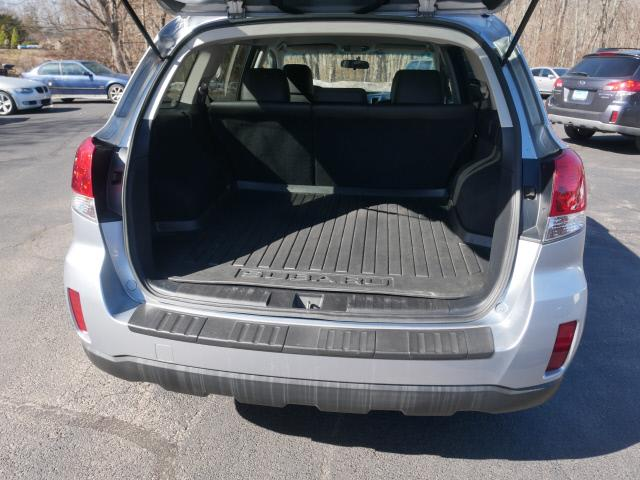 Used Subaru Outback 2.5i Limited 2012 | Canton Auto Exchange. Canton, Connecticut