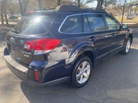 Used Subaru Outback 4dr Wgn H4 Auto 2.5i Limited 2013 | Automotive Edge. Cheshire, Connecticut