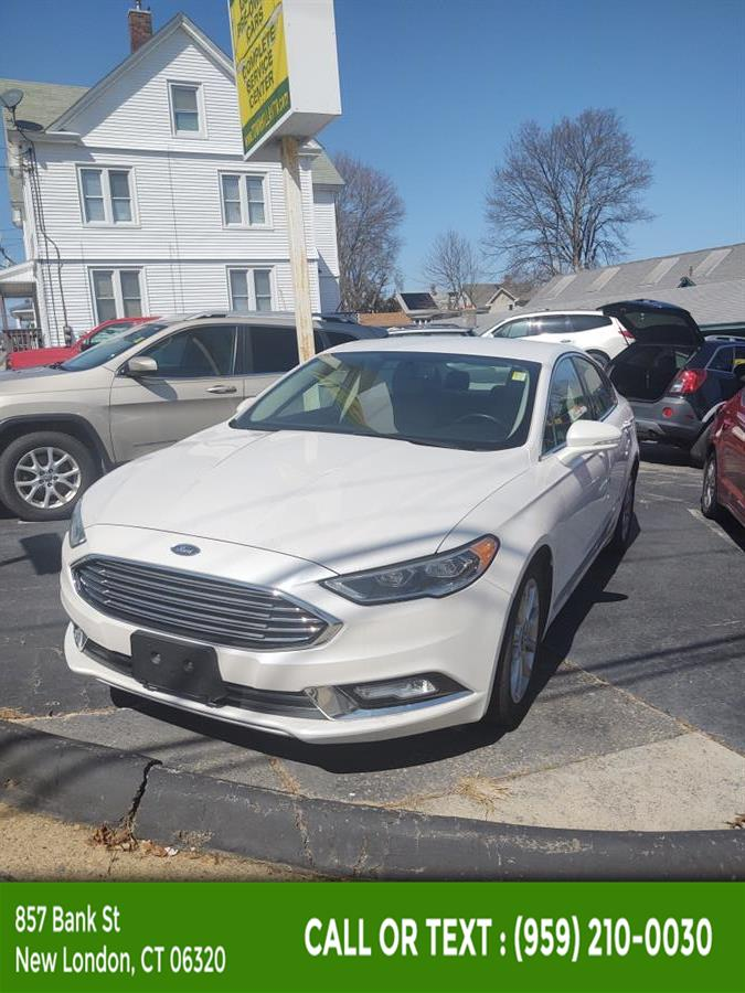 Used Ford Fusion SE FWD 2017 | McAvoy Inc dba Town Hill Auto. New London, Connecticut