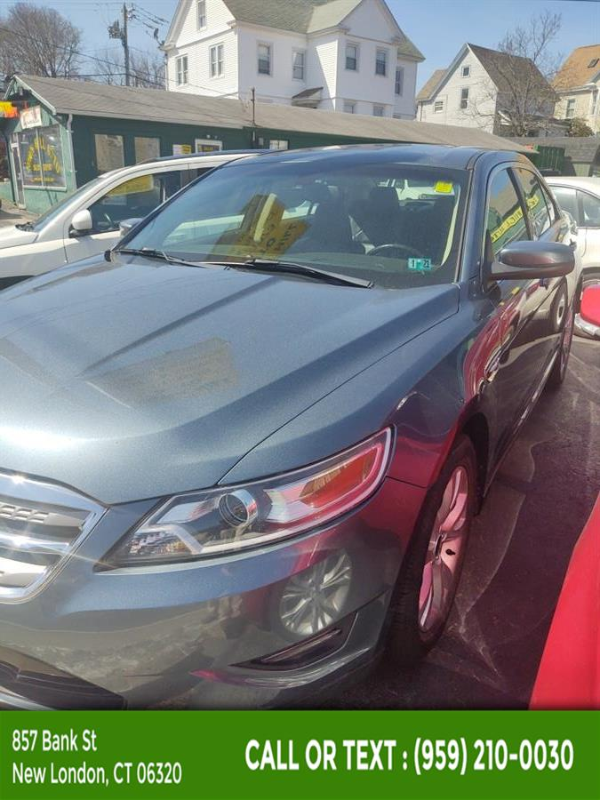Used Ford Taurus 4dr Sdn SEL AWD 2010 | McAvoy Inc dba Town Hill Auto. New London, Connecticut