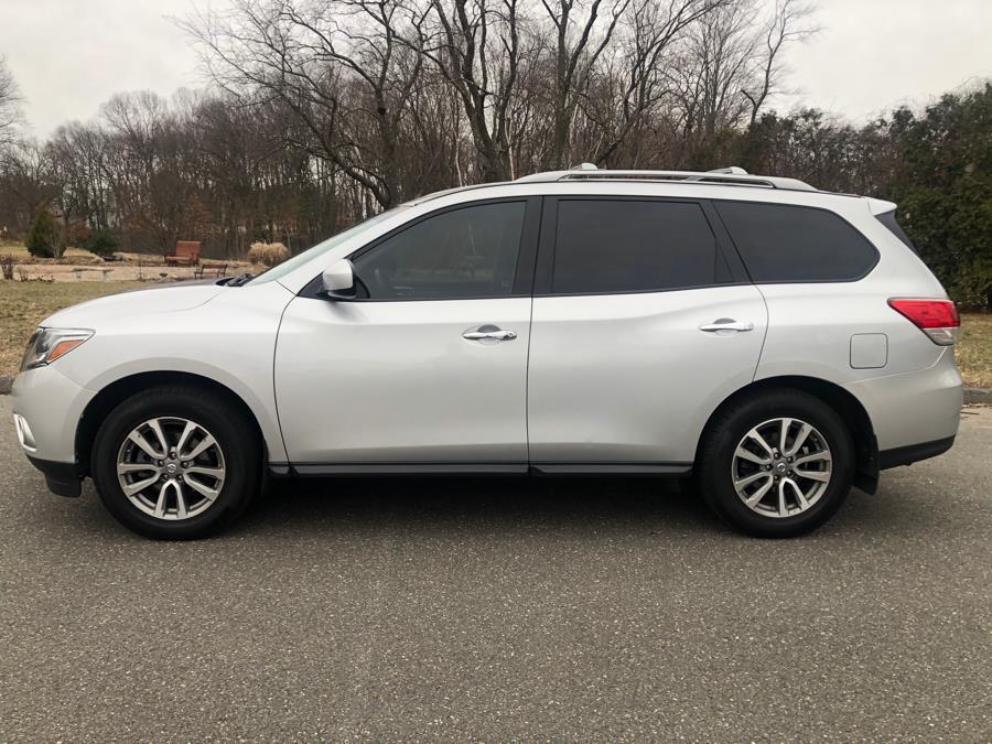 Used Nissan Pathfinder 4WD 4dr Platinum 2016   Malkoon Motors. Agawam, Massachusetts