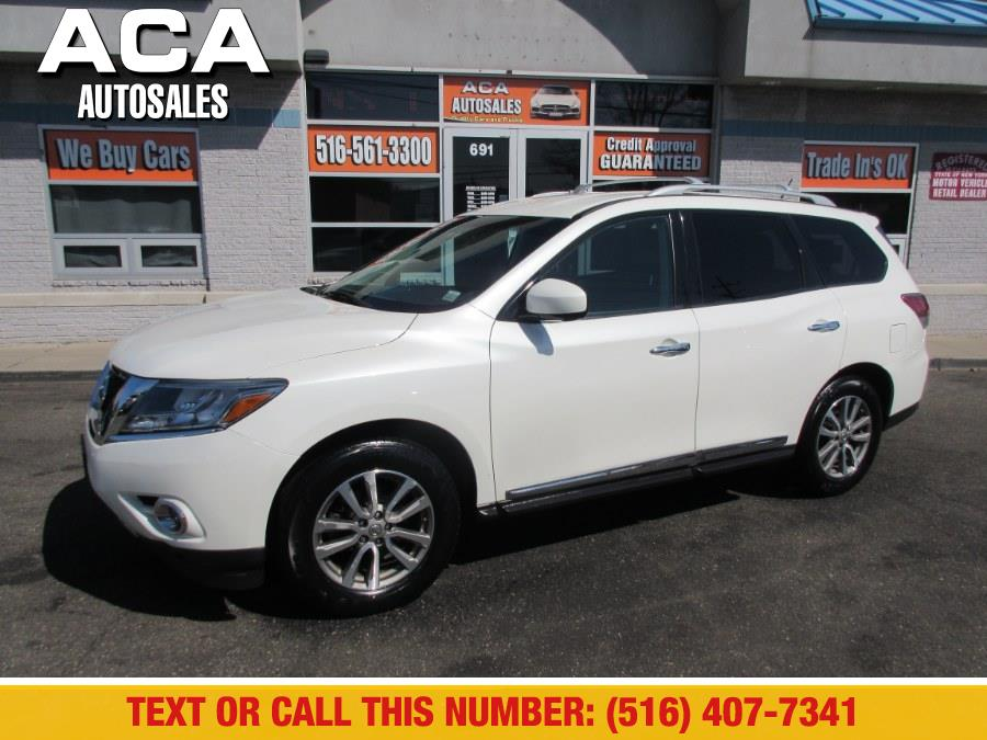Used 2015 Nissan Pathfinder in Lynbrook, New York | ACA Auto Sales. Lynbrook, New York