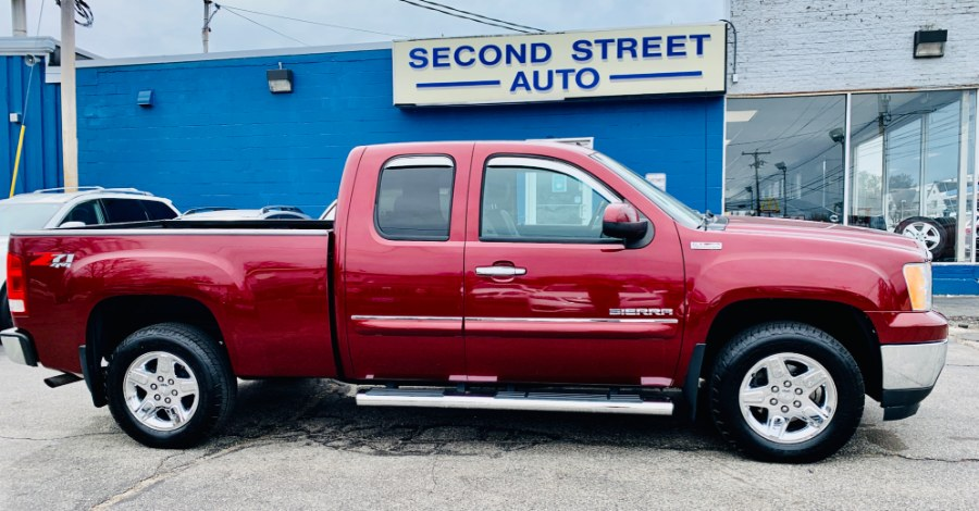 Used 2013 GMC Sierra 1500 in Manchester, New Hampshire | Second Street Auto Sales Inc. Manchester, New Hampshire