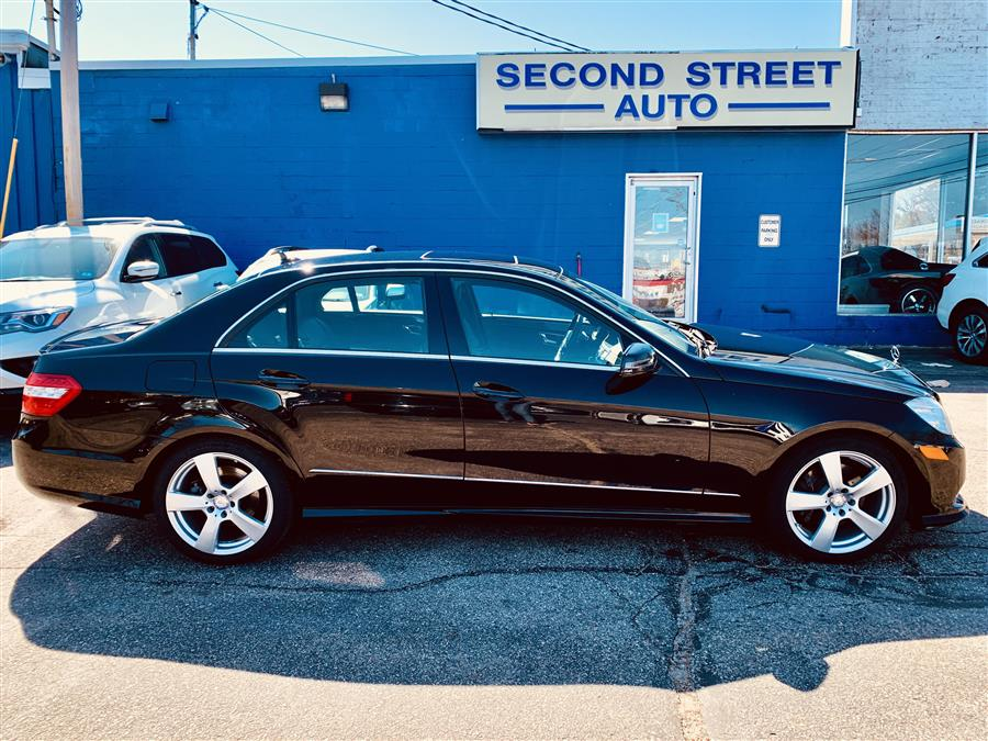 Used 2011 Mercedes-benz E-class in Manchester, New Hampshire | Second Street Auto Sales Inc. Manchester, New Hampshire