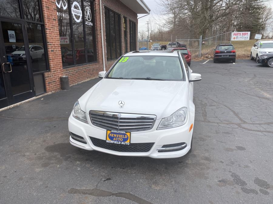Used Mercedes-Benz C-Class 4dr Sdn C300 Sport 4MATIC 2013 | Newfield Auto Sales. Middletown, Connecticut