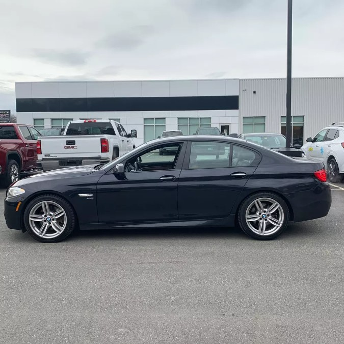Used 2012 BMW 5 Series in Bayshore, New York | Peak Automotive Inc.. Bayshore, New York