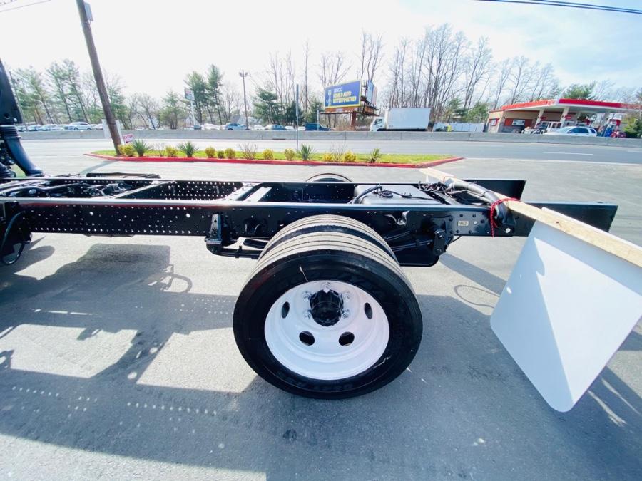 Used ISUZU NPR 16 FEET CAB & CHASSIS 2020 | NJ Truck Spot. South Amboy, New Jersey