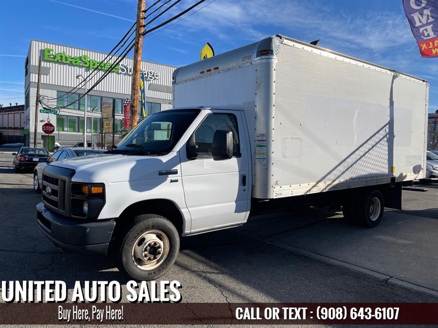 Used Ford Eco 16 Ft Box E350 SUPER 2013 | United Auto Sale. Newark, New Jersey