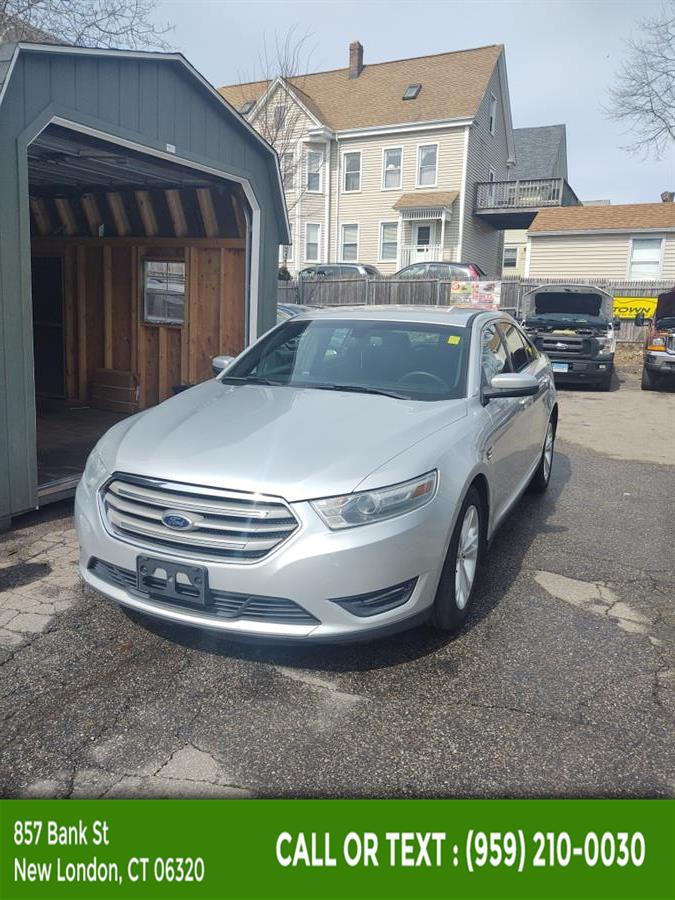 Used Ford Taurus 4dr Sdn SEL FWD 2014 | McAvoy Inc dba Town Hill Auto. New London, Connecticut