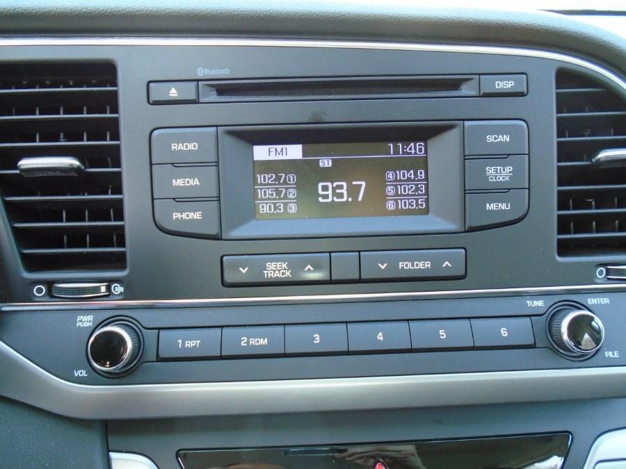 Used Hyundai Elantra SE 2.0L Auto (Alabama) 2018 | Jim Juliani Motors. Waterbury, Connecticut