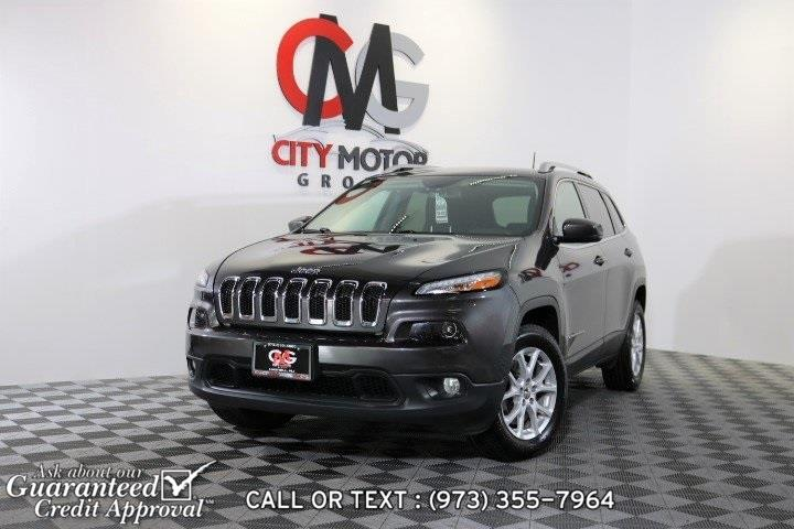 Used 2017 Jeep Cherokee in Haskell, New Jersey | City Motor Group Inc.. Haskell, New Jersey