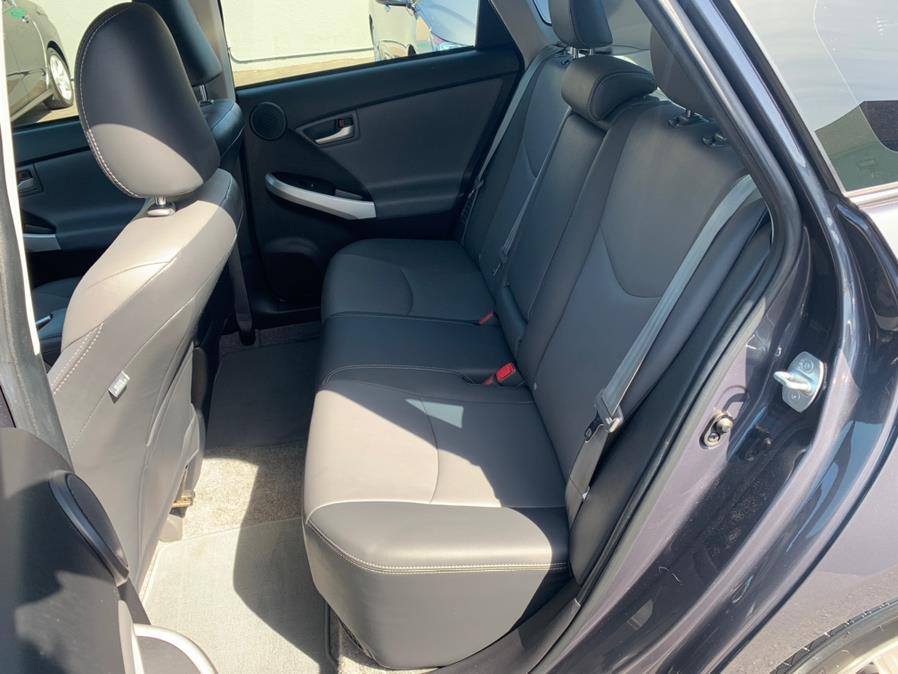 Used Toyota Prius Plug-In Advanced 2015   Green Light Auto Wholesale. Daly City, California