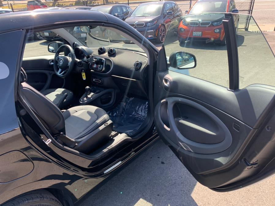 Used Smart Fortwo Electric Drive Prime Cabriolet 2017 | Green Light Auto Wholesale. Daly City, California