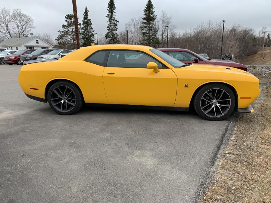 Used Dodge Challenger R/T Scat Pack Coupe 2017 | Pray's Auto Sales . Bangor , Maine
