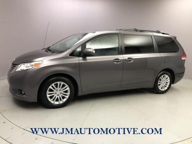 Used 2011 Toyota Sienna in Naugatuck, Connecticut | J&M Automotive Sls&Svc LLC. Naugatuck, Connecticut