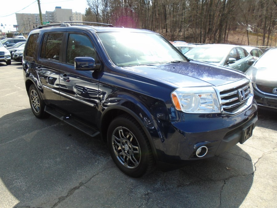 Used 2014 Honda Pilot in Waterbury, Connecticut | Jim Juliani Motors. Waterbury, Connecticut