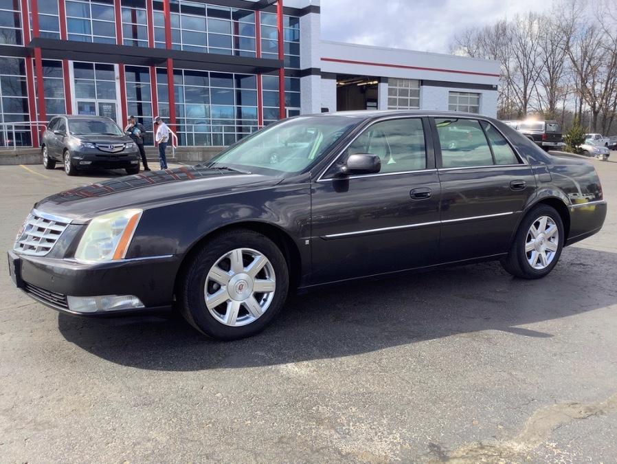 2008 Cadillac DTS photo