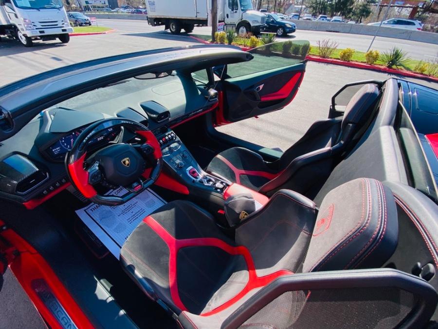 Used Lamborghini Huracan 2dr Conv LP 610-4 Spyder AWD 2016 | NJ Truck Spot. South Amboy, New Jersey