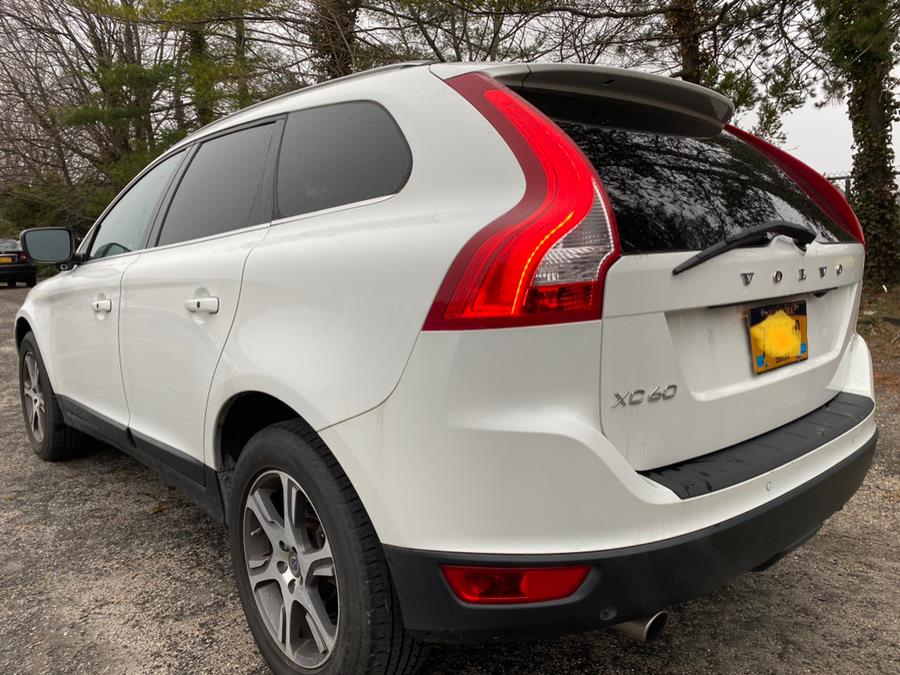 Used 2013 Volvo XC60 in Hicksville, New York | Ultimate Auto Sales. Hicksville, New York
