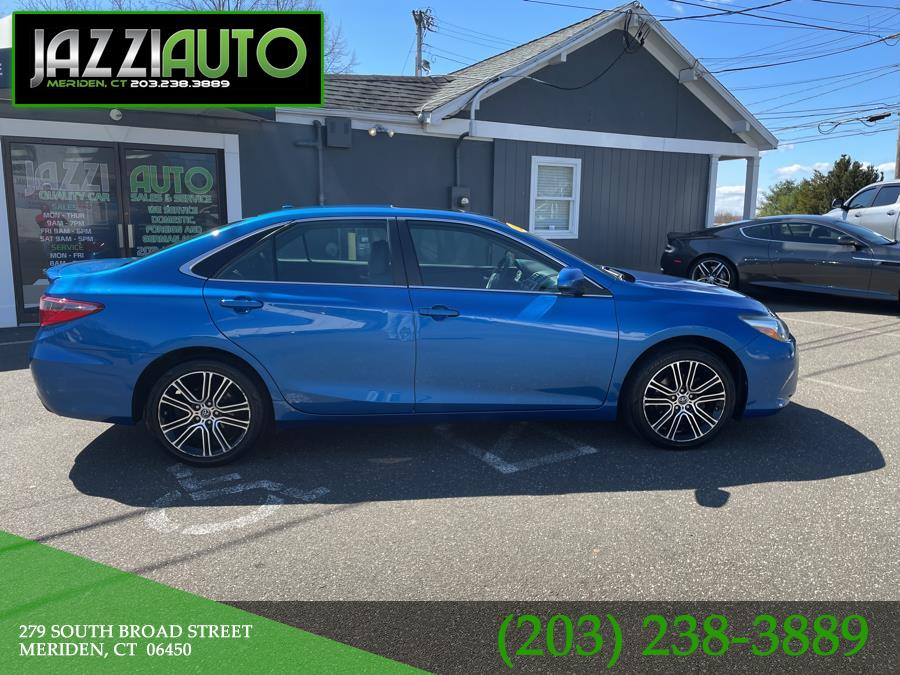 Used 2016 Toyota Camry in Meriden, Connecticut | Jazzi Auto Sales LLC. Meriden, Connecticut