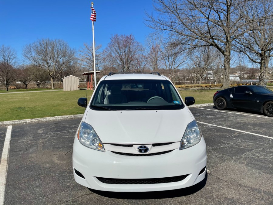 Used Toyota Sienna 5dr 8-Pass Van LE FWD 2008 | Cars With Deals. Lyndhurst, New Jersey