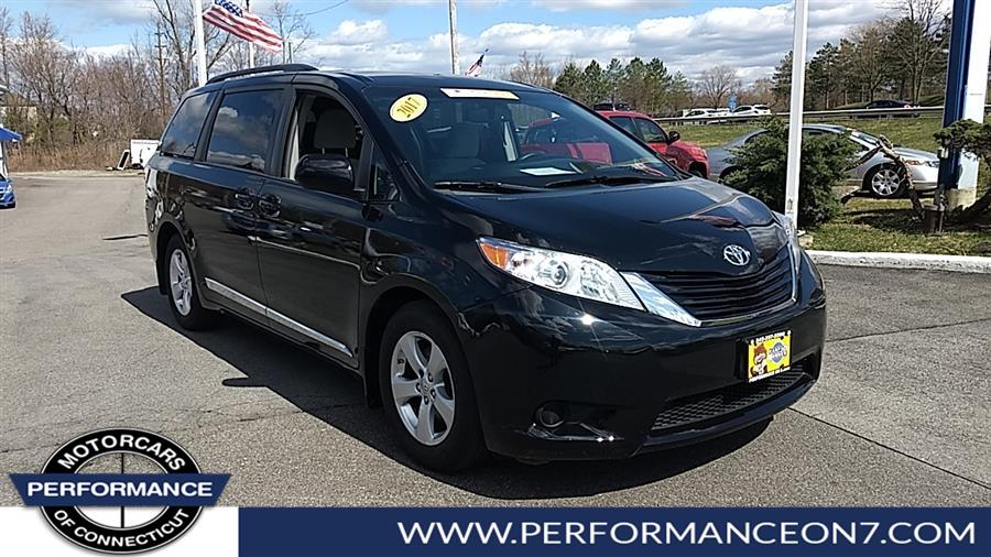 Used 2017 Toyota Sienna in Wilton, Connecticut | Performance Motor Cars. Wilton, Connecticut