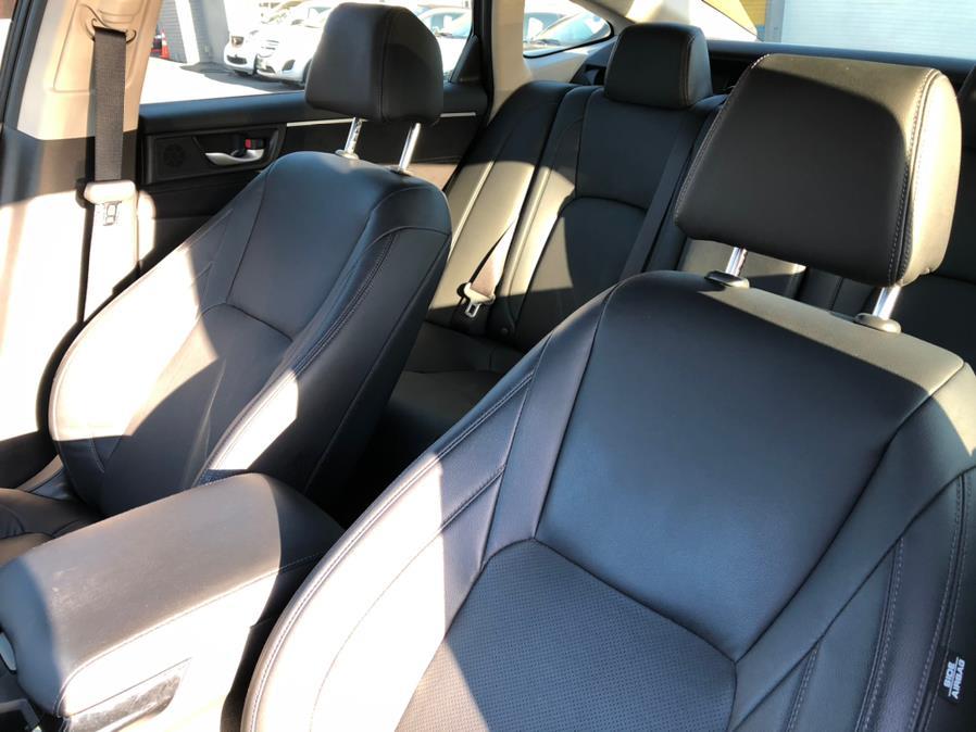 Used Honda Clarity Plug-In Hybrid Touring 2018 | Green Light Auto Wholesale. Daly City, California