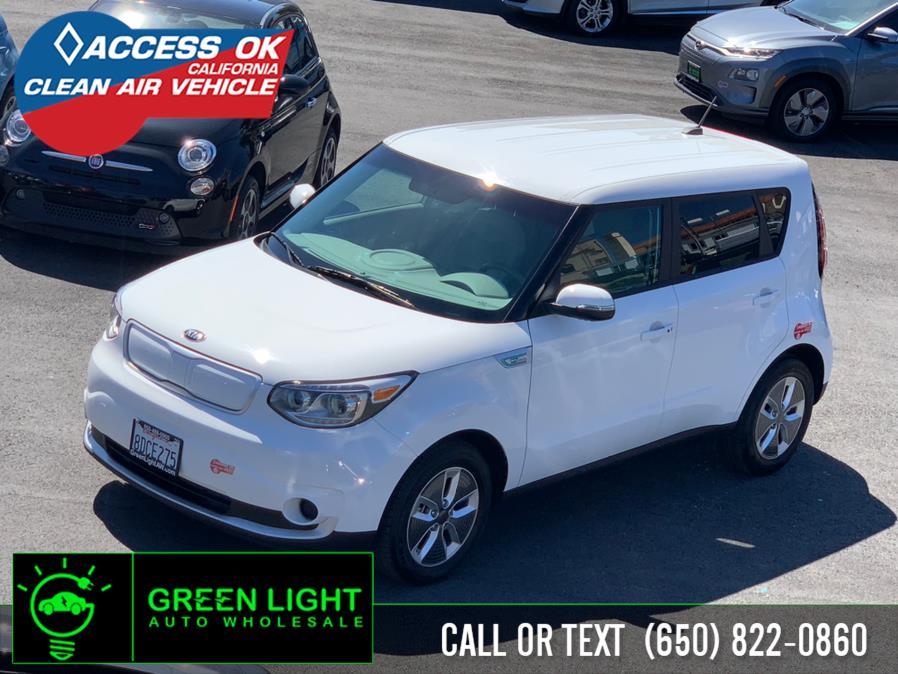 Used 2018 Kia Soul EV in Daly City, California | Green Light Auto Wholesale. Daly City, California