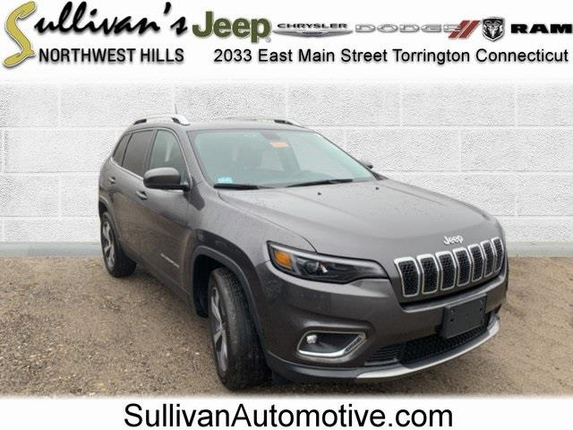 Used 2019 Jeep Cherokee in Avon, Connecticut | Sullivan Automotive Group. Avon, Connecticut