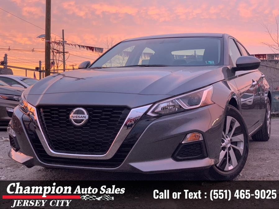 Used 2020 Nissan Altima in Jersey City, New Jersey | Champion Auto Sales. Jersey City, New Jersey