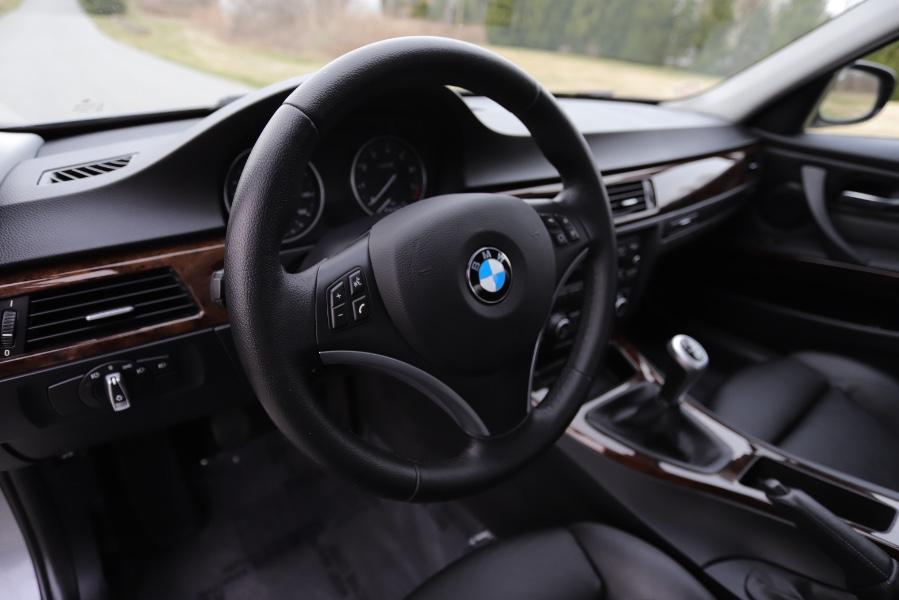 Used BMW 3 Series 4dr Sdn 328i xDrive AWD SULEV 2010 | Meccanic Shop North Inc. North Salem, New York