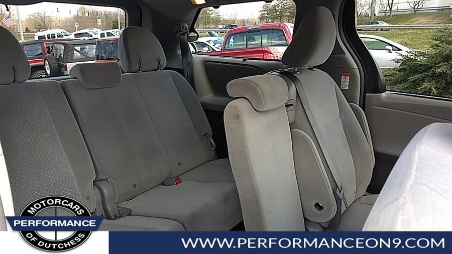 Used Toyota Sienna LE Auto Access Seat FWD 7-Passenger (Natl) 2017 | Performance Motorcars Inc. Wappingers Falls, New York