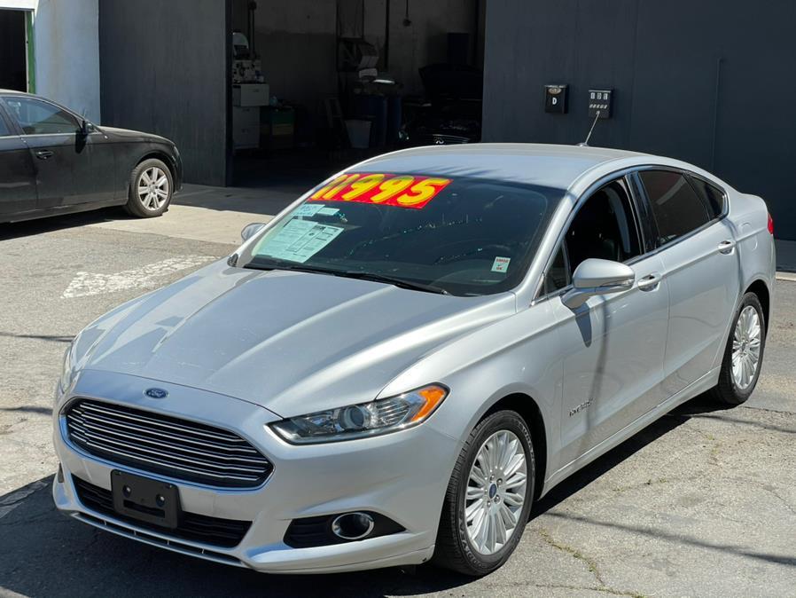 Used 2016 Ford Fusion in Corona, California | Green Light Auto. Corona, California