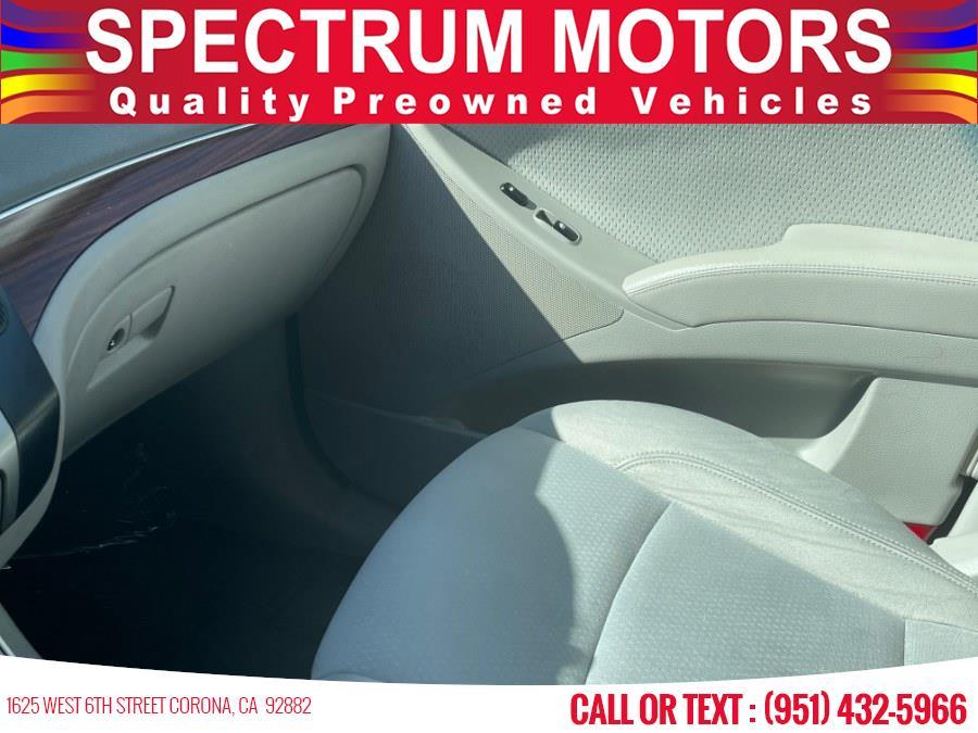 Used Hyundai Veracruz FWD 4dr GLS 2008 | Spectrum Motors. Corona, California