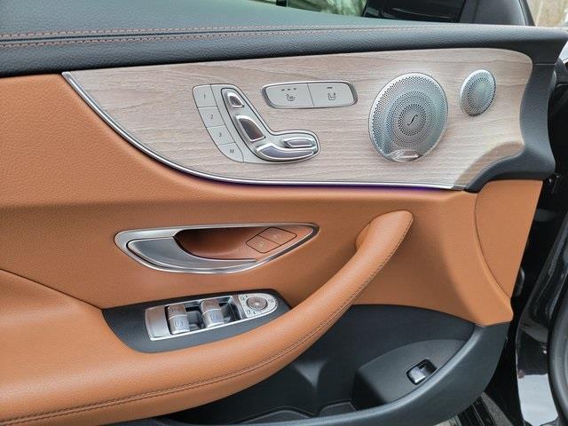 Used Mercedes-benz E-class E 400 2018   Luxury Motor Car Company. Cincinnati, Ohio