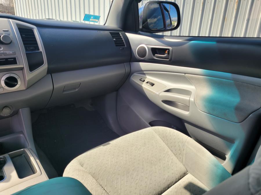 "Used Toyota Tacoma Double 128"" Auto 4WD (Natl) 2006   Capital Lease and Finance. Brockton, Massachusetts"