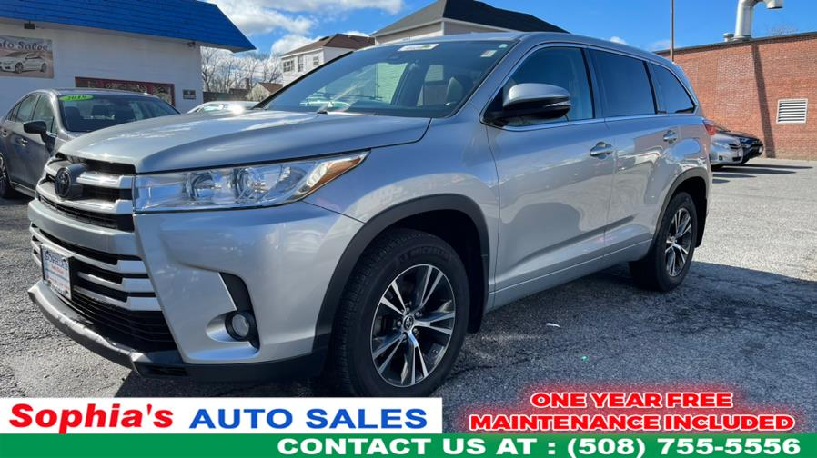 Used 2017 Toyota Highlander in Worcester, Massachusetts | Sophia's Auto Sales Inc. Worcester, Massachusetts