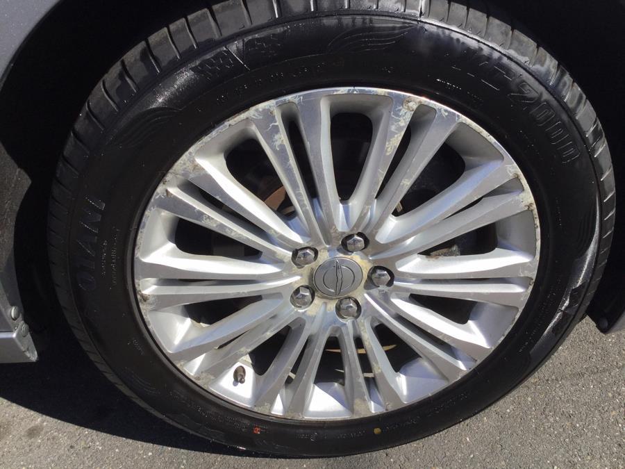 Used Chrysler 300 4dr Sdn AWD 2013 | L&S Automotive LLC. Plantsville, Connecticut