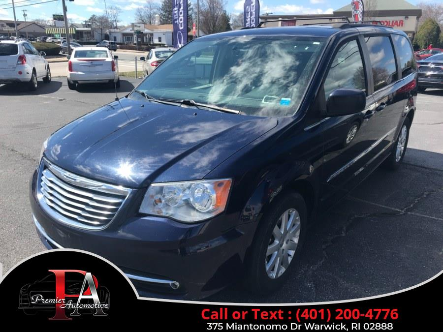 Used Chrysler Town & Country 4dr Wgn Touring 2015 | Premier Automotive Sales. Warwick, Rhode Island