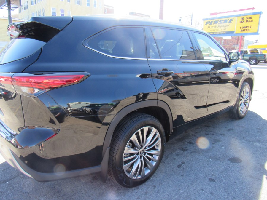 Used Toyota Highlander Platinum 2021 | Hilario's Auto Sales Inc.. Worcester, Massachusetts