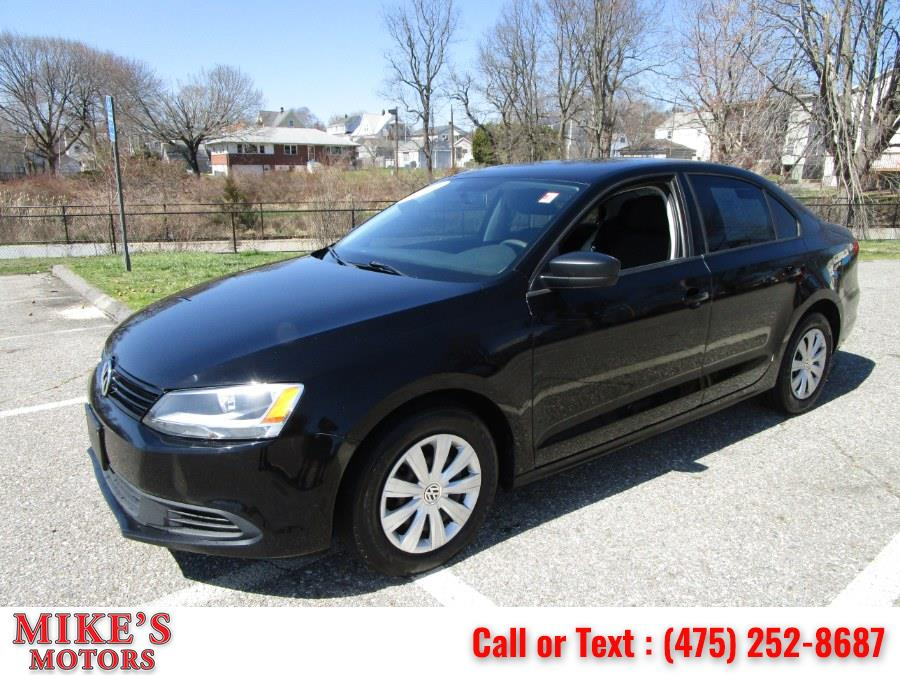 Used 2013 Volkswagen Jetta Sedan in Stratford, Connecticut | Mike's Motors LLC. Stratford, Connecticut