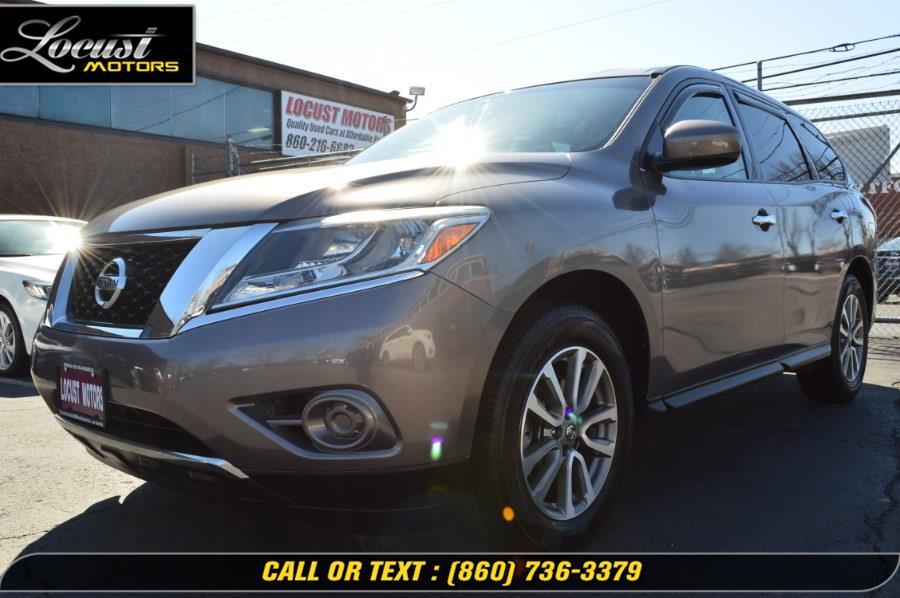 Used 2014 Nissan Pathfinder in Hartford, Connecticut | Locust Motors LLC. Hartford, Connecticut