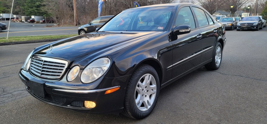 Used 2004 Mercedes-Benz E-Class in Bristol, Connecticut | Dealmax Motors LLC. Bristol, Connecticut