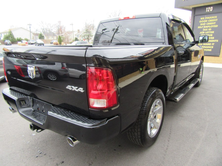 """Used Ram 1500 4WD Crew Cab 140.5"""" Express 2013 
