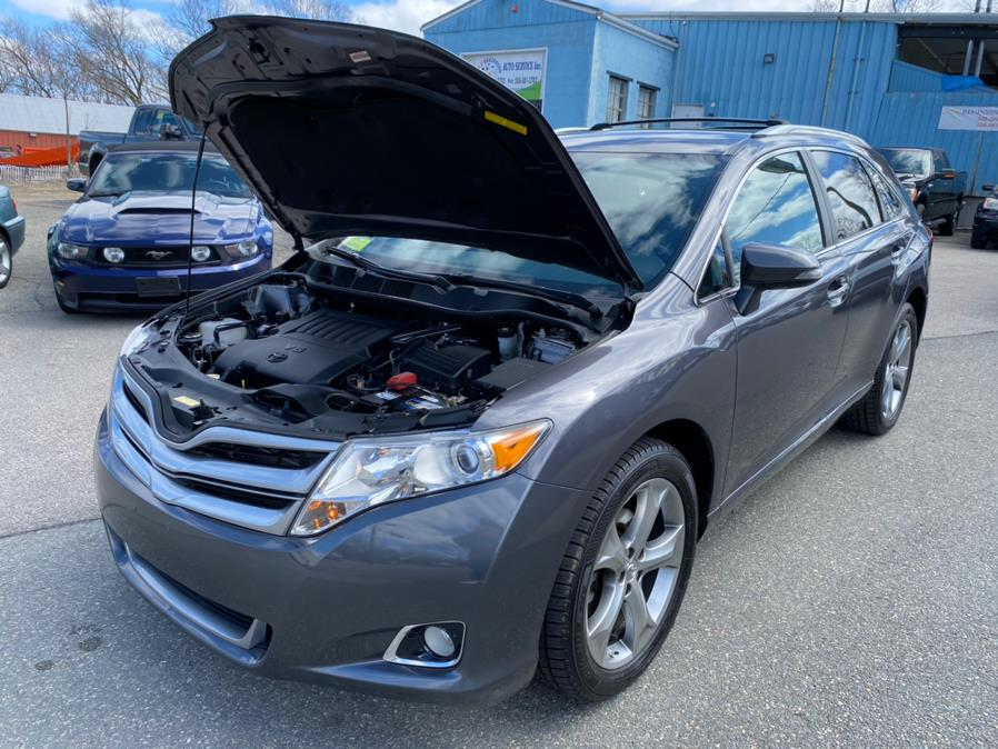 Used Toyota Venza 4dr Wgn V6 AWD XLE (Natl) 2014   New Beginning Auto Service Inc . Ashland , Massachusetts