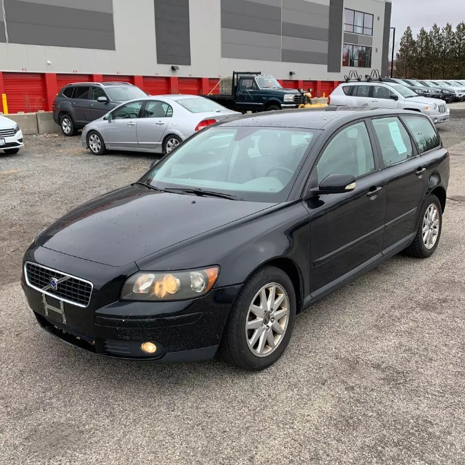 Used 2006 Volvo V50 in South Hadley, Massachusetts | Payless Auto Sale. South Hadley, Massachusetts