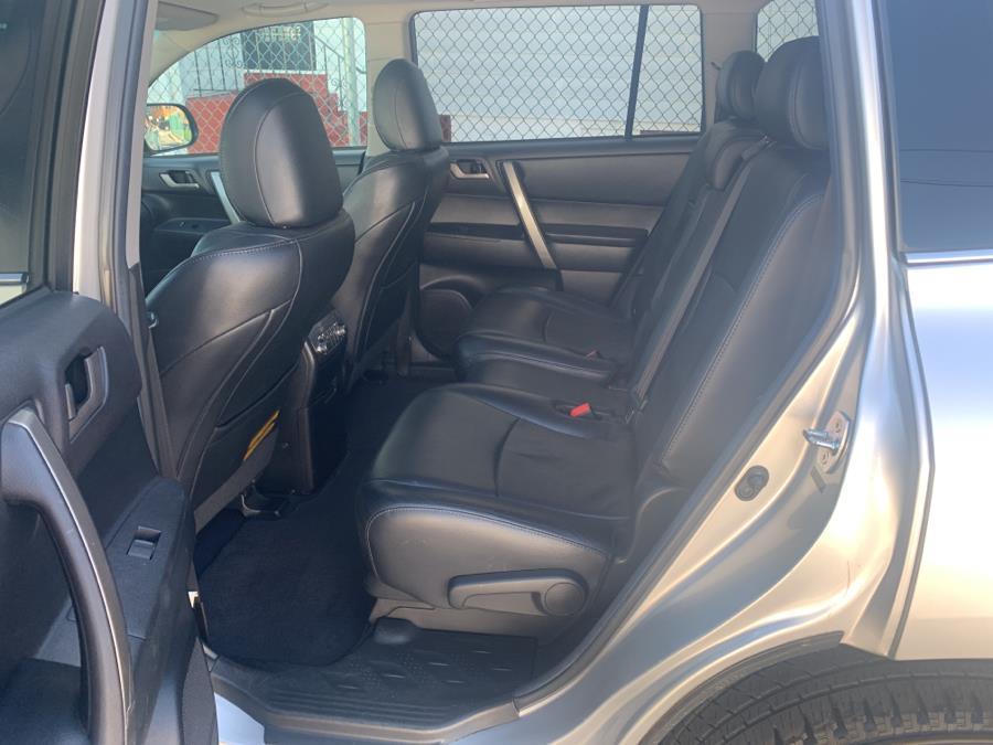 Used Toyota Highlander 4WD 4dr V6 SE (Natl) 2011 | Sylhet Motors Inc.. Jamaica, New York