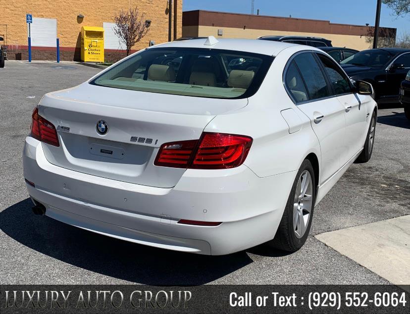 Used BMW 5 Series 4dr Sdn 528i RWD 2011 | Luxury Auto Group. Bronx, New York
