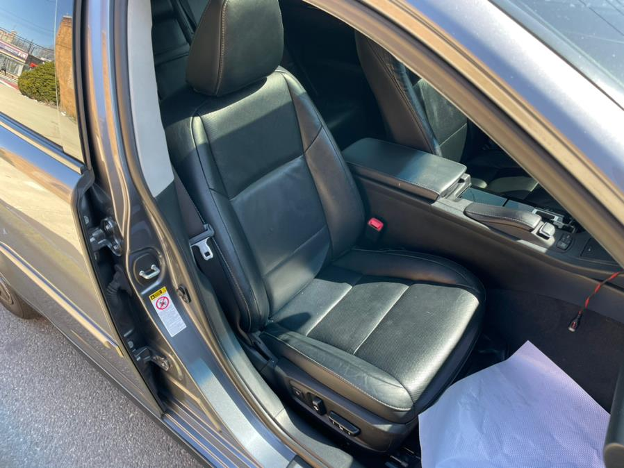 2013 Lexus ES 350 4dr Sdn, available for sale in Brooklyn, NY