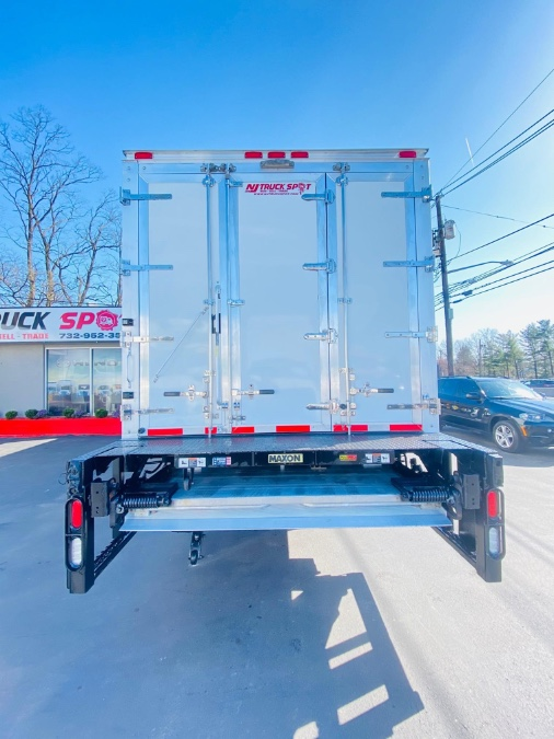 Used FREIGHTLINER M2 24 FEET REFRIGERATED + CUMMINS ENGINE + LIFT GATE 2016   NJ Truck Spot. South Amboy, New Jersey